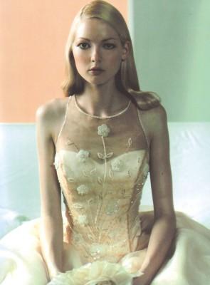 Atelier Luce/アトリエルーチェ:写真3:ただいまネット限定で、ドレス現品販売フェアを開催中!なくなり次第終了(試着ご希望の方は直接ご来店を)