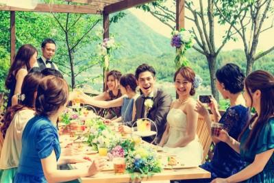迎賓館サクラヒルズ川上別荘/ゲイヒンカンサクラヒルズカワカミベッソウ:写真19:サクラテーブルでのアットホームなパーティも!