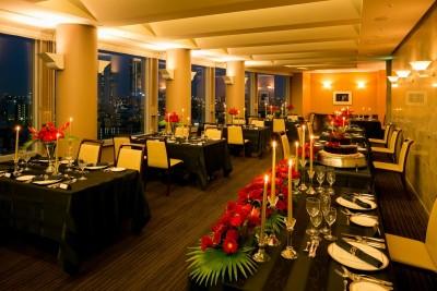ホテル グランヴェール/ホテルグランヴェール:写真5:ナイトタイムならより大人で高級感あるウエディング空間に