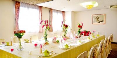 チャペル ザ・シアター サルヴェ/チャペルザシアターサルヴェ:写真15:【少人数向け】家族婚や会食にも◎