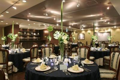 クラブハウス アフロディーテ迎賓館/クラブハウスアフロディーテゲイヒンカン:写真11:NYスタイルのスタイリッシュな披露宴会場