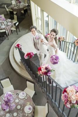 puruna Marriyell/プルーナマリエール:写真9:憧れの階段入場では優しくエスコートを