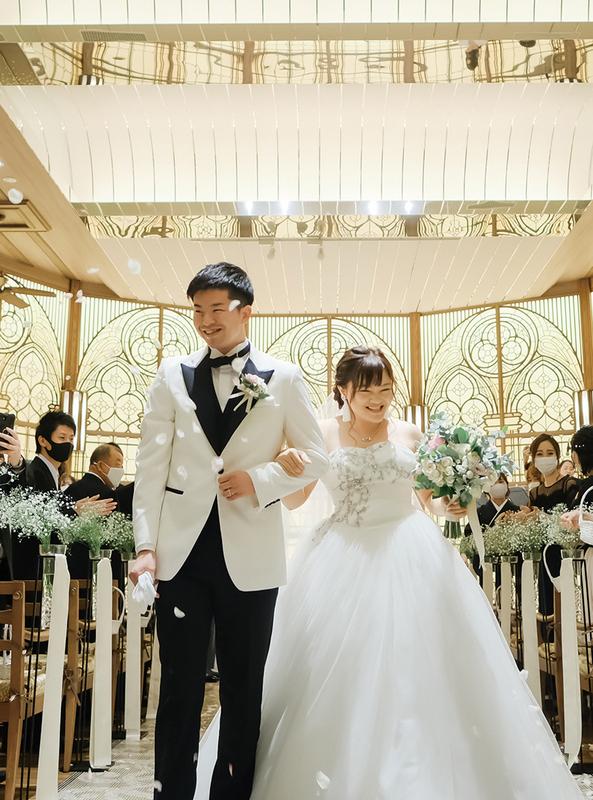 石田翔太さん・佳奈さん(旧姓:岩田)